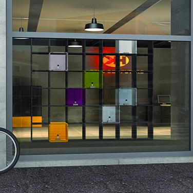 Regalsystem Ladenbau - Warenpraesentation mit qubing Regalen